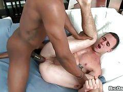 Black dude is drilling white ass
