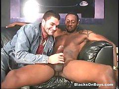 Guy Tastes Big Black Cock 1